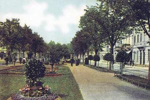 ostwall-krefeld-prachtboulevard-grünanlage